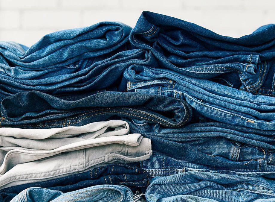 Il lungo viaggio intorno al mondo di un paio di jeans